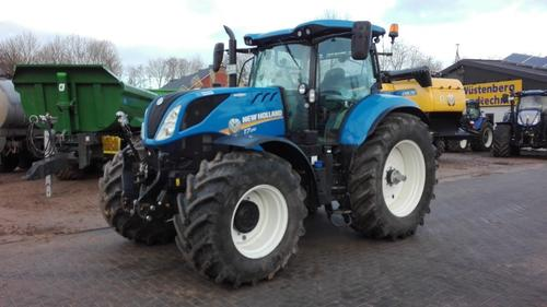 New Holland T 7.210 Auto Command Årsmodell 2016 4-hjulsdrift