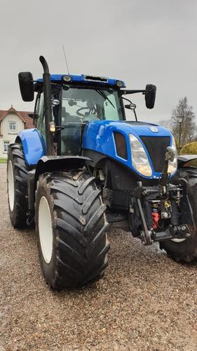New Holland T 7.270 Auto Command Year of Build 2015 4WD