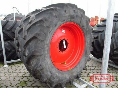 Pirelli 2 Räder 580/70r38 Gyhum-Bockel