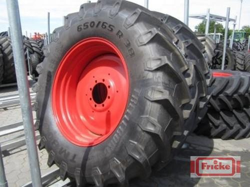 Trelleborg 2 Räder 650/65 R38 Year of Build 2012 Gyhum-Bockel