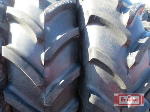Firestone 2 Räder 420/85r38 Gyhum-Bockel