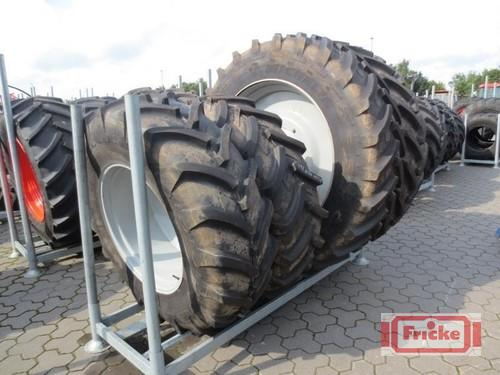 Michelin 2x 480/80r46 + 2x 16.9r30 Baujahr 2012 Gyhum-Bockel
