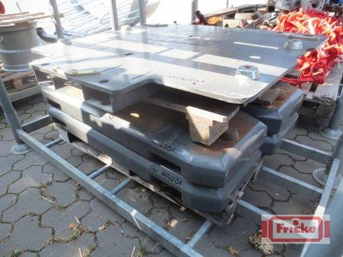 Claas 4x 400kg Xerion Gewichte mit Grundplatte