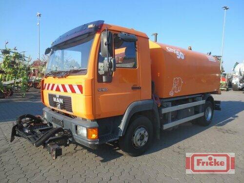 Bucher Man 12.163 Mit Bucher Cityfant 50 Rok výroby 2000 Gyhum-Bockel