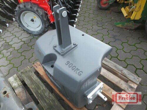 Claas 900 Kg Frontgewicht Baujahr 2018 Gyhum-Bockel