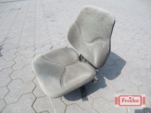 Schleppersitz mit Federung