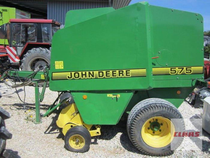 John Deere R 575 RUNDBALLENPRESSE