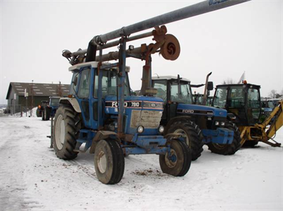 Ford 7910