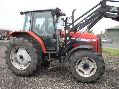 Massey Ferguson MF 4255 Middelfart