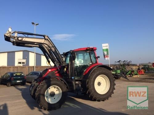 Valtra N134A MR18 Schlepper