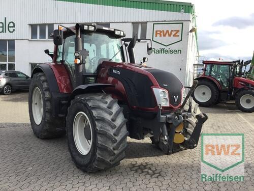 Traktor Baujahr 2013 Allrad