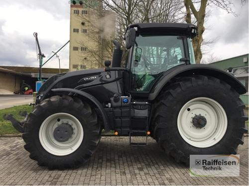 Valtra S354 Smarttouch Year of Build 2017 Wittingen