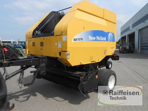 New Holland BR 7070 Baujahr 2008 Holle