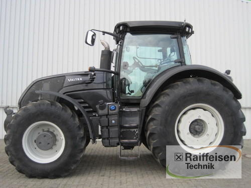 Valtra S353 Year of Build 2013 Holle
