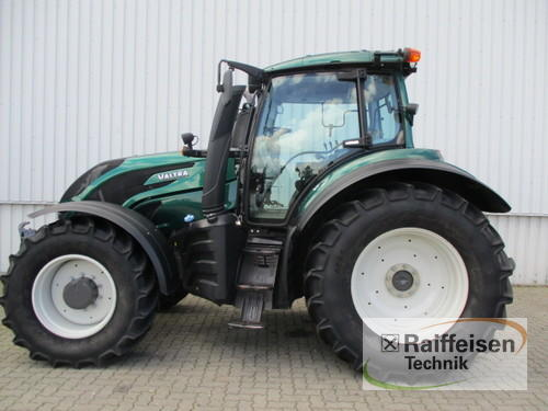 Valtra T154 Year of Build 2016 Holle