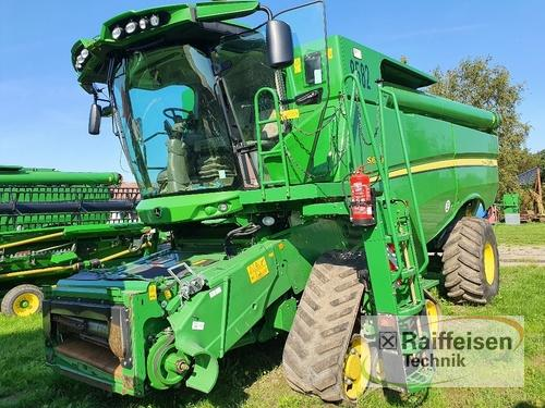 John Deere S 690i Year of Build 2014 Holle