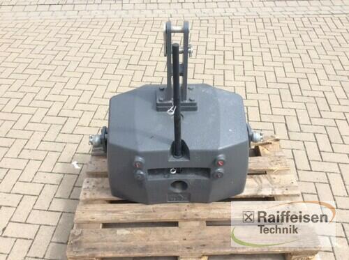 Massey Ferguson Frontgewicht 850kg Year of Build 2019 Tülau-Voitze