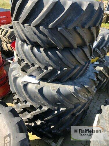 Michelin 600/60 R30 + 710/60 R42