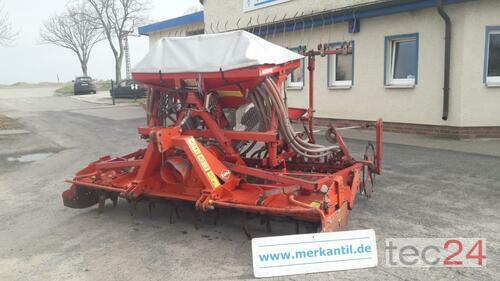 Kverneland Accord D + Kuhn HR 3002 + Walze