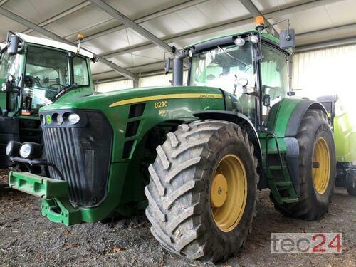 Traktor John Deere - 8230 PowrShift
