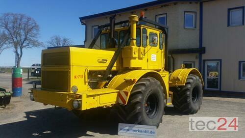 Kirovets K 701 V12