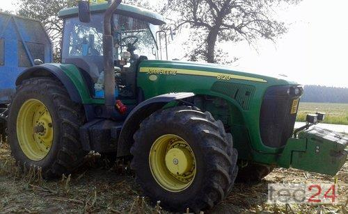 John Deere 8120 PowerShift