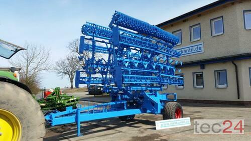 Lemken Gigant Kompaktor 8m Year of Build 2009 Pragsdorf
