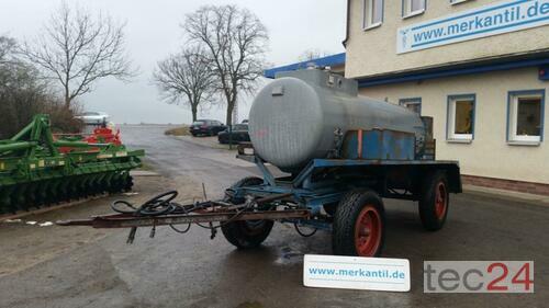 Fortschritt 2700 Liter Tankanhänger / Wasserwagen Год выпуска 1986 Pragsdorf