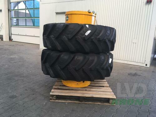 BKT 420/85R28 BKT