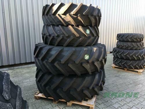 Trelleborg 420/70r28 520/70r38 Año de fabricación 2017 Spelle