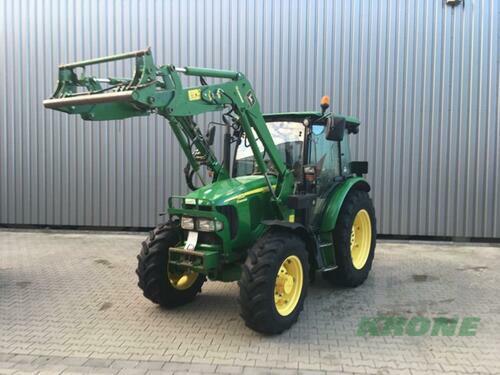 Traktor John Deere - 5820