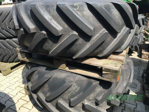 Michelin 520/80R26