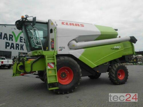 Combine Harvester Claas - Tucano 440