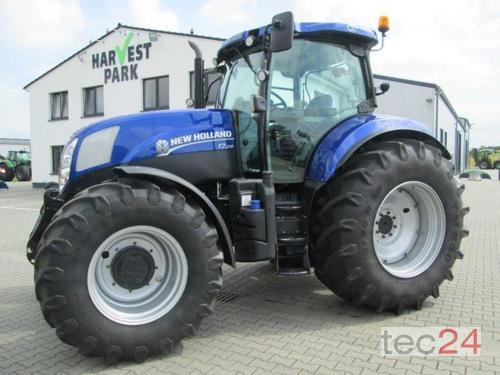 New Holland T7.210 Powercommand Année de construction 2015 A 4 roues motrices