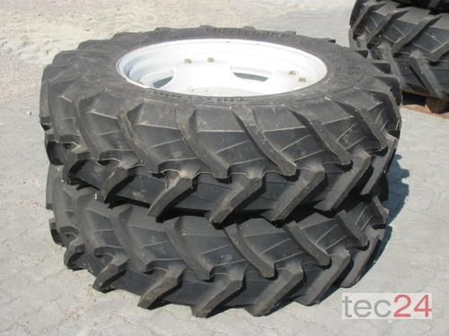 New Holland Radsatz 340/85 R28//420/85 R38
