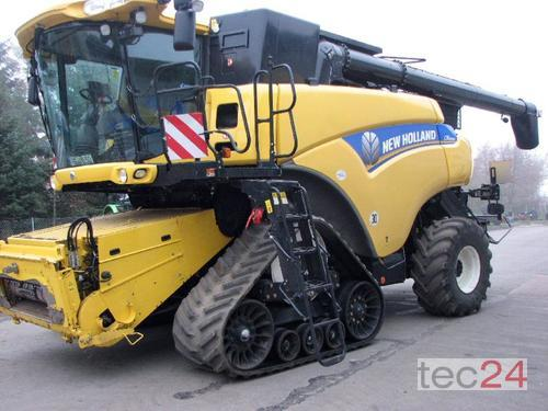 New Holland CR 9090 Elevation SCR Année de construction 2013 A 4 roues motrices