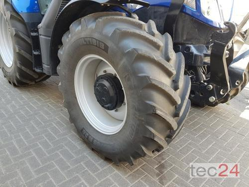 New Holland T 6.175 Auto Command Frontlastare Årsmodell 2016