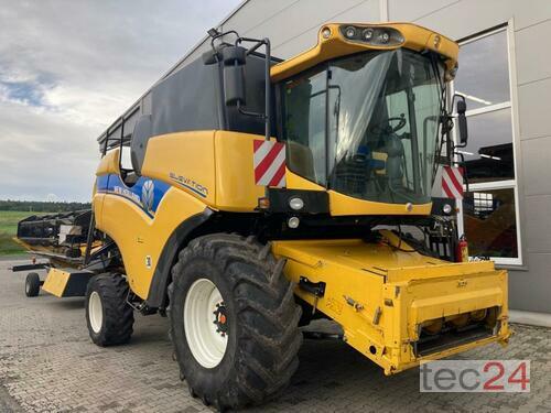 New Holland CX 6090 anno di costruzione 2017 Neuhof - Dorfborn