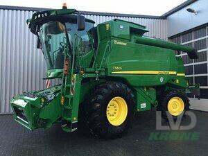 Combine Harvester John Deere - T560i
