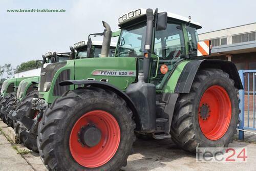 Fendt 820 Vario Anul fabricaţiei 2011 Tracţiune integrală 4WD