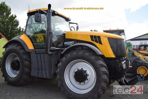 JCB 8250 Year of Build 2009 4WD