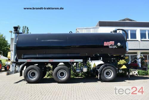 Briri Dreiachs-Vakuum-Transport-Güllewagen Briri Road Master 2600