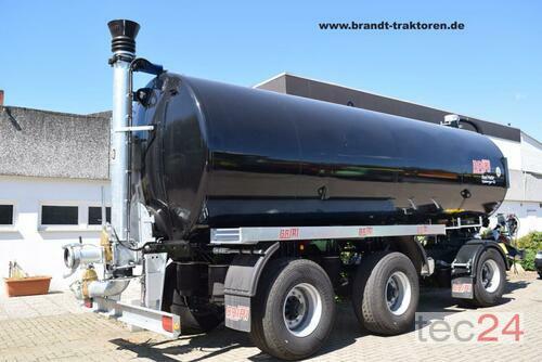 Briri Dreiachs-Vakuum-Transport-Güllewagen Briri Road Master 2600 Год выпуска 2019 Bremen