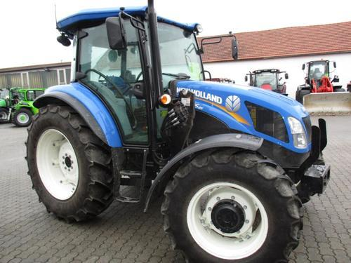 New Holland TD5.85CAB 4WD+