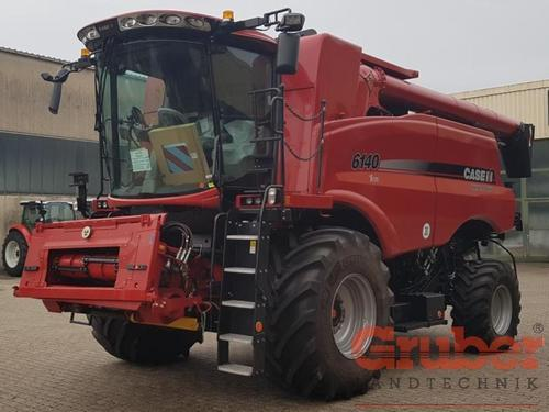 Case IH AxialFlow 6140X-Flow