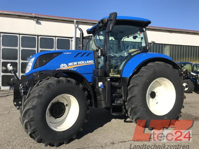 New machine Tractors: New Holland T7 210AC MY18