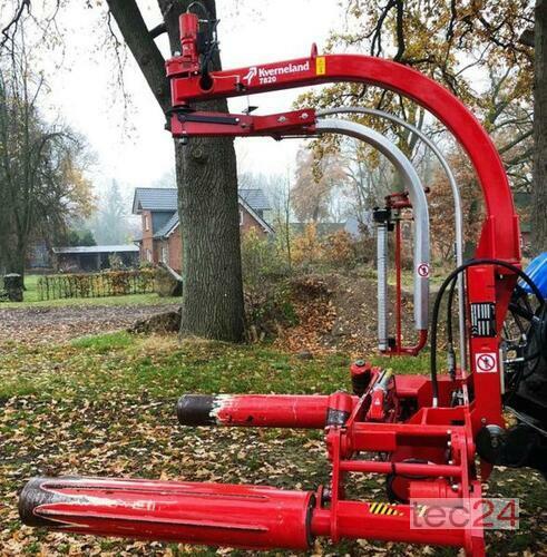 Kverneland Ballenwickler 7820j anno di costruzione 2013 Lüchow