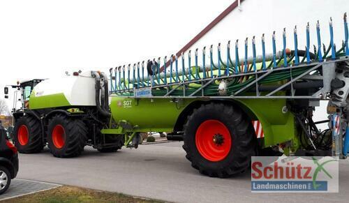 Claas Xerion 3800, 32m³ Gülle Kapazität, Bomech 18m Год выпуска 2013 Привод на 4 колеса