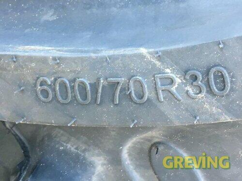 BKT 600/70 R 30