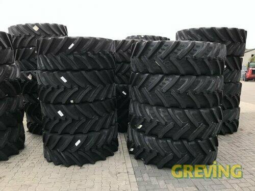 BKT 540/65 R30